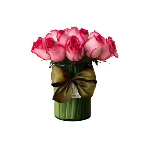 Arranjo de Rosa Importada Pink em Copo de Vidro Alto (M)