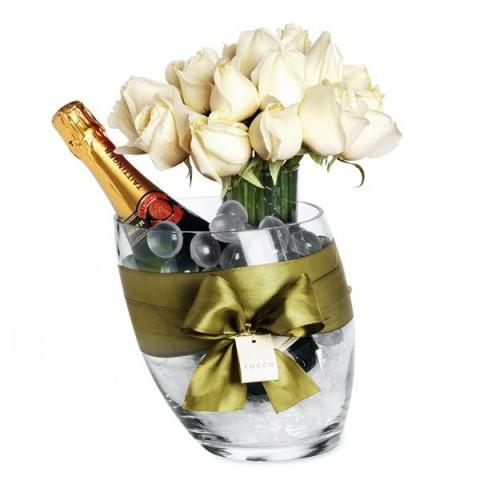 Kit de Arranjo de Rosa Branca com Champanhe Importada em Balde de Gelo - G